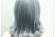 Silver Hair Color / Silver and grey hair color is one of the latest and most unexpected trends. Be inspired by our artists' takes on the trend.