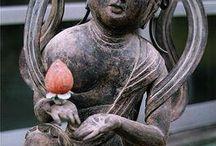 Buddhistische Skulpturen