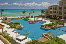 Playa del Carmen Vacation Rentals / Luxury Beachfront Condos and Villas in Playa del Carmen.