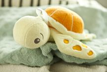 Taylor the Turtle! / Meet Taylor the SoapSox Turtle! Taylor is a children's bath aid, designed to make bath time fun! Order now at www.soapsoxkids.com!