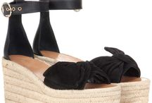 Frühjahrsfavoriten. Must haves fürs Frühjahr. / It's my choice! Franziska's 10 Favoriten für den Frühling. Schuhe, Hosen, Bluse, Parka, Bracelet, Sign of Mine, Bottega Veneta, Seneaker, eveslookbook, spring, frühling, lookbook, streetstyle, must- haves, look of the day