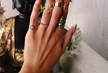 Accessories / Rings