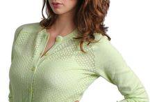 Baum Und Pferdgarten / For curvy and slim women, tries & tested to fit women with C to H cup busts.
