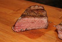 Dry Aged Top Sirloin Steak / Nebraska Dry Aged Top Sirloin Steak from Flatwater Beef.