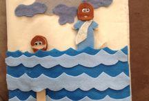 ÚSZ Péter a vízen jár