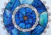 Glasmandalas / Mandalas aus Glas und Kupferdraht