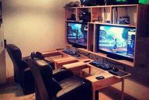 Gaming Set Ups / by Bexz Walker