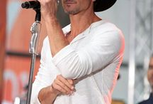 Tim McGraw / by Stacey Smith