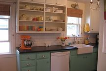 Kitchens and Bathrooms / by Suzanne King
