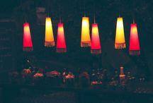 Bia Pinheiro Atelier de Festas / Nosso atelier de festas cria ambientes que traduzem o estado de espírito de quem quer celebrar. Os projetos são feitos à mão para que cada criação expresse a singularidade de quem festeja. Além do décor, o menu de serviços oferece também, como opção, a produção completa de todo o evento. Seja um casamento para 500 pessoas, uma festa de lançamento, um evento corporativo ou petit comité. www.biapinheiro.com.br