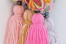 decoración con borlas