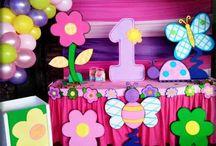 fiesta de mariposas y flores