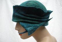 Felt hats/hatter