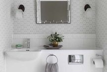 House - powder room