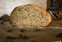 Chleby a pečivo z droždí