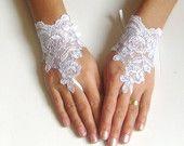wedding gloves&veils&stuff