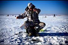 Ловля хариуса и окуня из одной лунки. Рыбалка на Байкале…