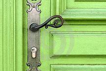 klika ke dverim