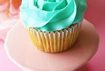 Cake Decorating / by Kendra Karel