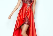 Dresses / by Marthie Brits