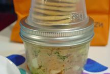 Lunch Box Hacks / school lunch box ideas that are easy, healthy and kid-approved.