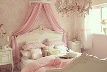 Bedroom / Ideas for a proper princess' bedroom