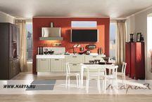 Tango / Как завораживающий танец, кухонный гарнитур Tango отдает должное изяществу, лаконичности линий, точности пропорций. Скругленные боковины и алюминиевая рамка дополняют образ функционального минимализма. Разнообразие компоновок гарнитура Tango позволяет превратить кухню в уютную гостиную.  Материал фасада: рамка фасада из массива ясеня, филенка из МДФ, покрытая шпоном ясеня Покрытие / Обработка: матовая эмаль