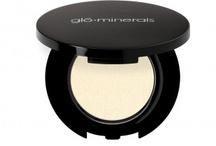 glōEye Shadow / glōminerals ögonskugga i ett stort urval tidlösa och trendiga färgrika nyanser. Eye Shadow är full av anti-oxidanter, ger en veckfri täckning och är perfekt för att förstärka och markera alla ögonformer.
