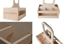 Wooden beer caddy. wooden Beer tote. idea for home. brawery