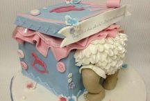 baby shower cakes / by Tishawna Shivers-white