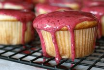 Cake, Cuppycakes and Muffins / by Christine K