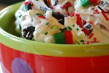 Candy, Bark, & Candy Bars / by Tori Wyckoff