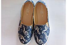 Shoes / Sandals / Music Shoes