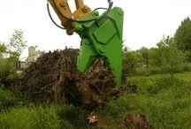 Clești sau foarfece pentru demolări, scoateri de rădăcini sau alte activități de sortare.