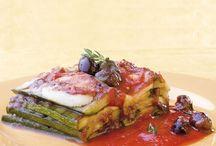 L'utile e il dilettevole delle zucchine / Sia cotte che crude, le zucchine si caratterizzano per una nota fresca che le rende ideali per preparare moltissimi piatti leggeri e saporiti allo stesso tempo