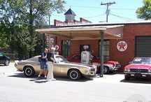 Vintage Gas Stations  / by EagleCollector83