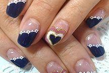 Nails galore / by Chelsea Shibuya