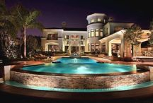House / houses with pools