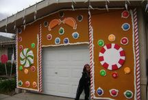 outrageous outside Christmas Decorations / by Linda Valenzano