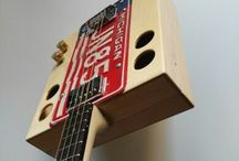 Kuunys license plate four strings guitar