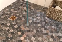 Hexagon Tile / Zen Paradise's new hexagon tiles use natural stones from throughout Indonesia to create eye catching blends. Individual hexagons are made of onyx, basalt, and marble. These individual hexagon jewels are cut, tumbled and woven into a blanket of beautiful mosaic color.