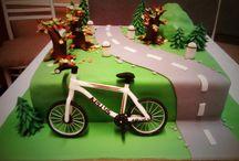 biking cake