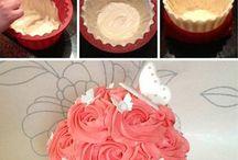 big cupcakes