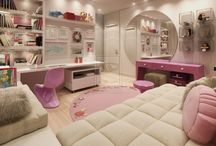 HOME - Bed Room / by Taiyibah Ali
