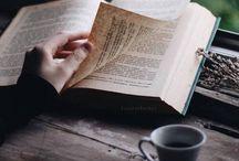 livros / ler enriquece a mente, abre espaço para novos pensamentos. ler contribui para o conhecimento.