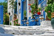 Bucket list for Greece / by Caroline Gallop