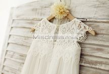 Lace Little Girl Dresses / Little girl dresses made of lace