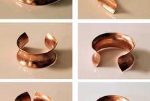 Anticlastic jewelry