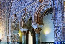 SEVILLA, Andalucía (España) / Mostrar todo aquello que represente a Sevilla y tenga vinculación con #MosaicoIdiomas