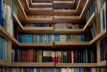 Bookcase love / by Patty Tacuri
